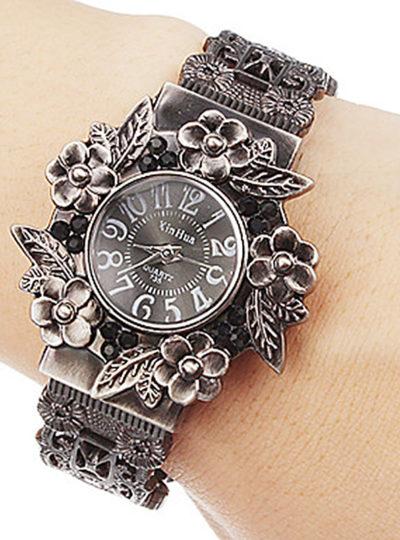 Women's Carved Steel Bracelet Watch